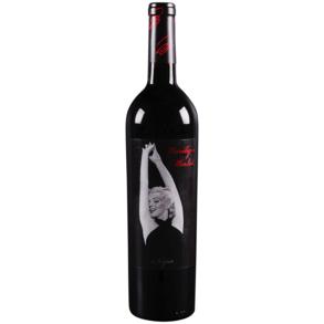 Marilyn Merlot 750 ml • 2016 •